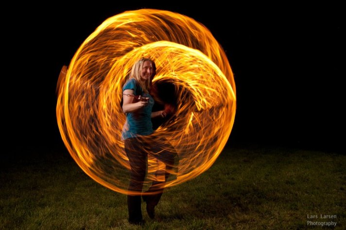 fire pictures, pictures of fire, fire dancer