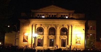 Cincinnati Memorial Hall, seen from Washington Park