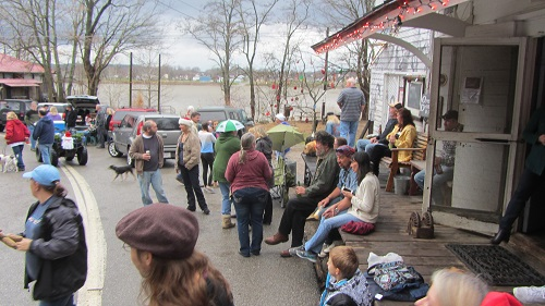 The front porch of the General Store was a popular parade-viewing spot.