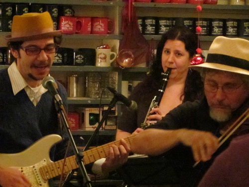 Lagniappe kept us warm and cozy with their upbeat music.