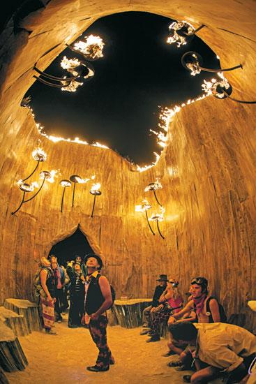 Burning Man art sculpture_Flaming Lotus Girls